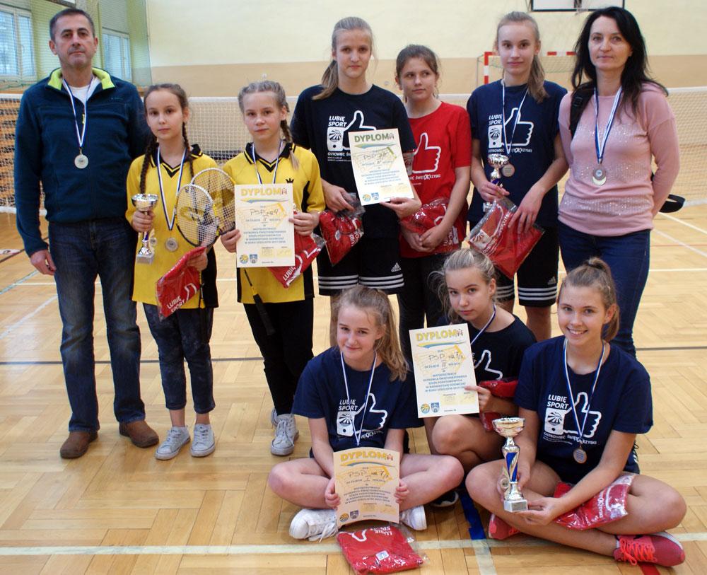 Badminton PSP dziewczat podium